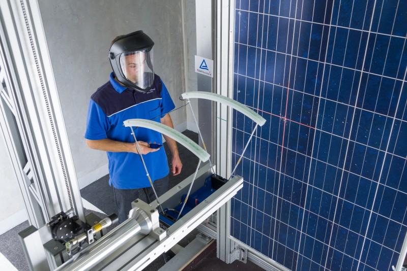 cuál es el mejor panel solar 7