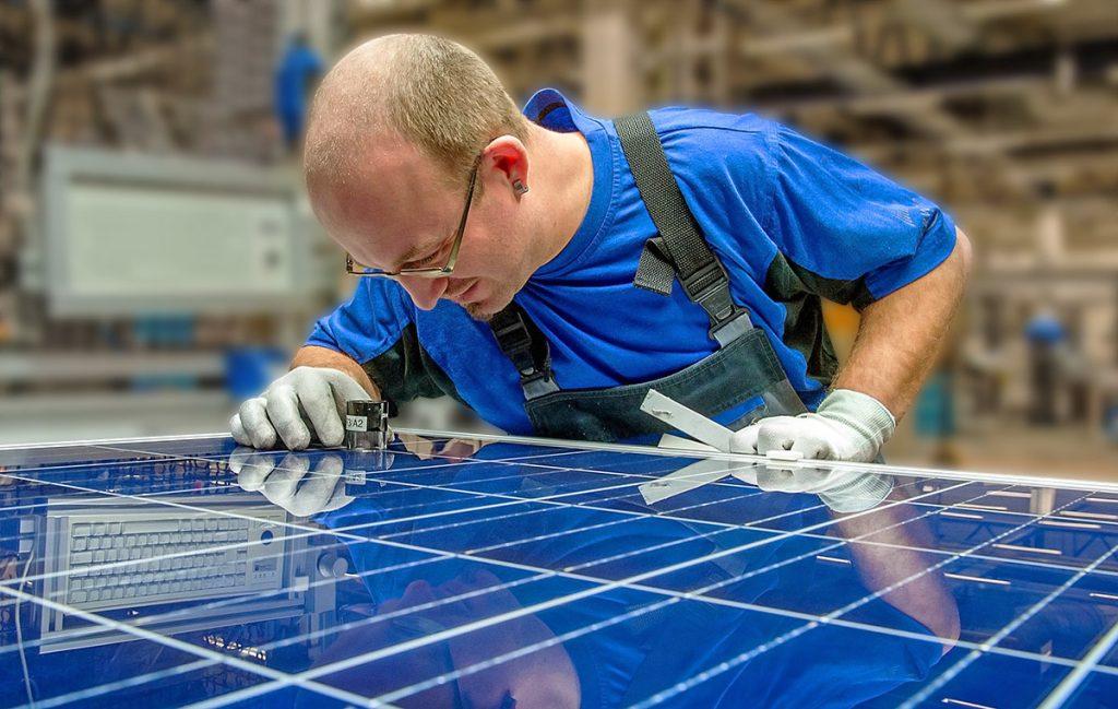 cuál es el mejor panel solar 5